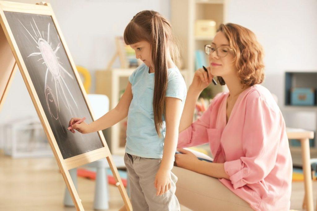 Zajęcia indywidualne arteterapii w pracy z dziećmi